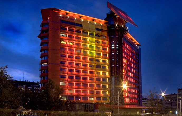 Foto de HOTEL PUERTA AMERICA SKY NIGHT CLUB